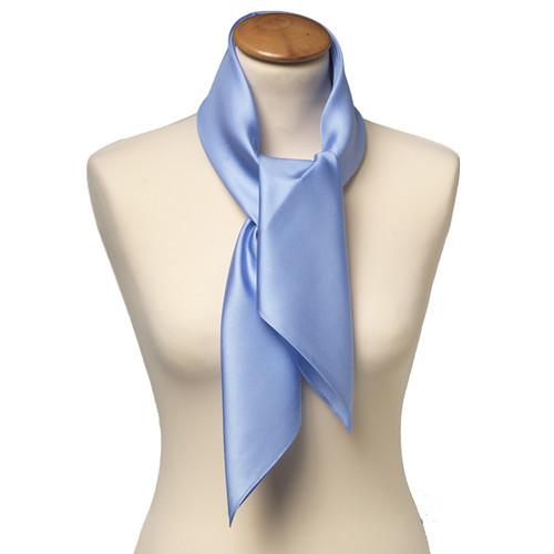 7356552c5a90 Foulard carré soie pour femme   bleu clair